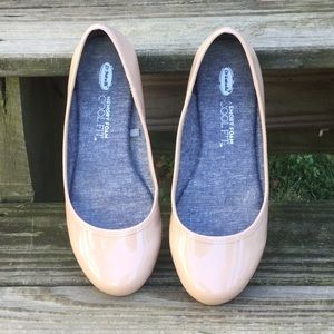 Dr. Scholl's Friendly patent ballet flat